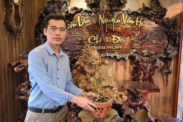 Ông chủ vườn lan Nguyễn Văn Hùng chia sẻ về thú chơi lan