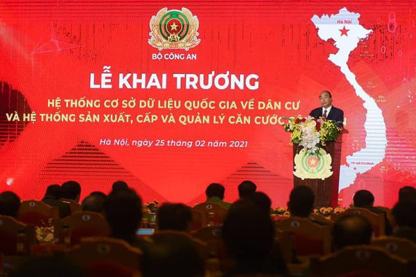 Vietnam Post nhận bằng khen của Bộ Công an