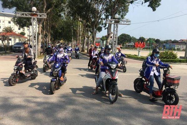 Nâng cao việc quản lý xe gắn máy trong học sinh: Cơ bản vẫn phải là ý thức của phụ huynh