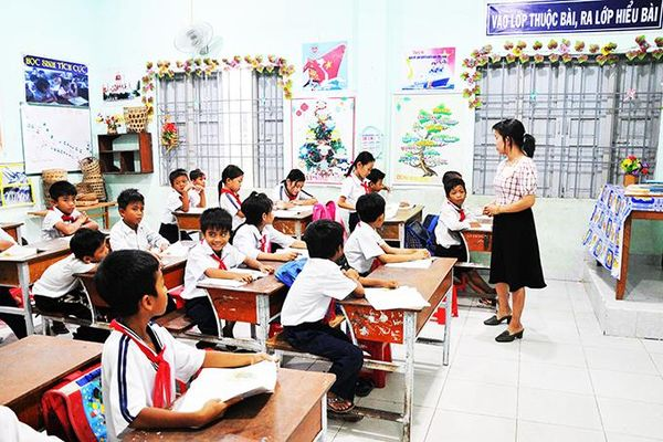 Sắp xếp, quy hoạch mạng lưới trường lớp ở Khánh Vĩnh: Phù hợp nhu cầu dạy, học