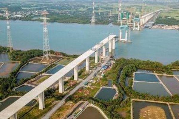 Cấp bách khơi thông vốn cho Dự án đường cao tốc Bến Lức - Long Thành