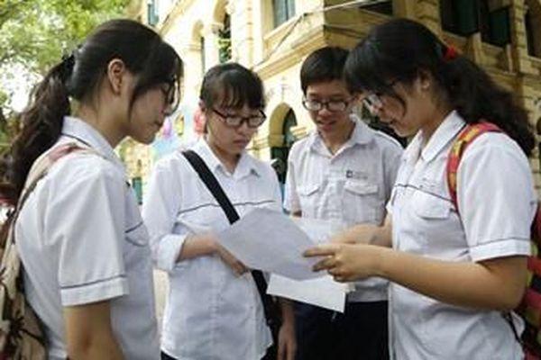 Tuyển sinh lớp 10 tại Hà Nội: Vì hộ khẩu, học sinh có 'mất cơ hội' vào các trường top đầu?