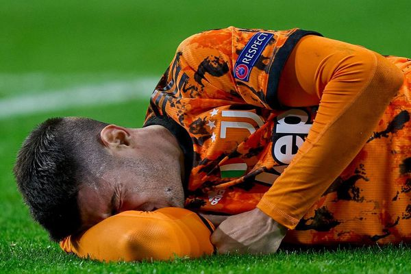 Morata mệt mỏi vì nhiễm virus