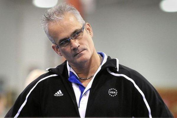 Bị buộc tội tấn công tình dục, cựu huấn luyện viên thể dục dụng cụ Olympic Mỹ tự tử