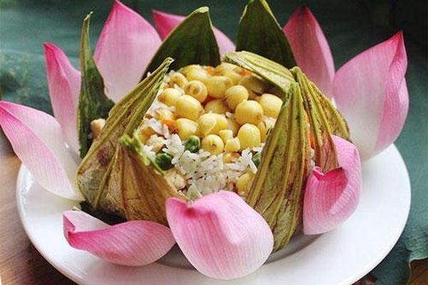 Những món ăn vừa ngon lại vừa đẹp từ sen