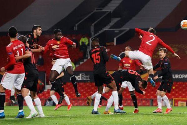 Europa League: Man Utd mất điểm trước Sociedad vì VAR