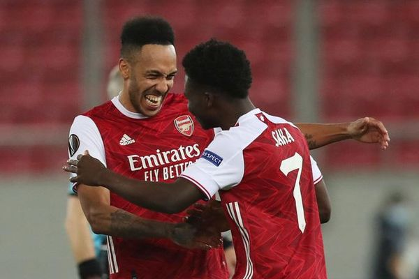 Rượt đuổi tỉ số nghẹt thở, Arsenal hạ Benfica ở Europa League