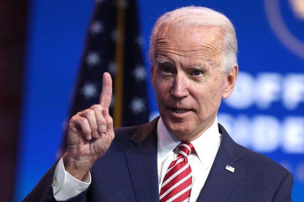 Tổng thống Biden hoàn thành nửa chặng đường tiêm phòng Covid-19 trong 100 ngày đầu