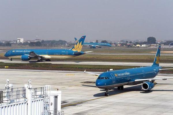 Thêm loạt chuyến bay đưa người Việt về nước