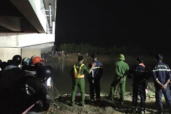 Thêm 1 học sinh tử vong sau tai nạn giao thông liên hoàn ở Quảng Trị