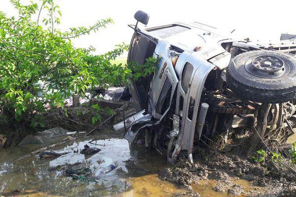 Tập trung cứu chữa các nạn nhân vụ tai nạn giao thông nghiêm trọng tại tỉnh Bạc Liêu
