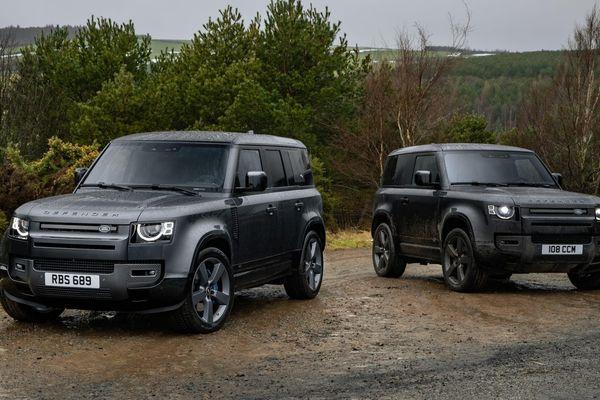 Land Rover Defender 2022 bổ sung thêm động cơ V8 'cực khủng'