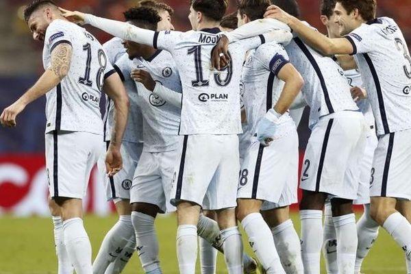 Tuyệt chiêu siêu lạ của Chelsea trước cuộc giáp chiến Man Utd