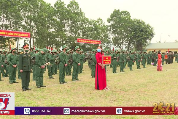 Sư đoàn 304 tiếp nhận chiến sĩ mới