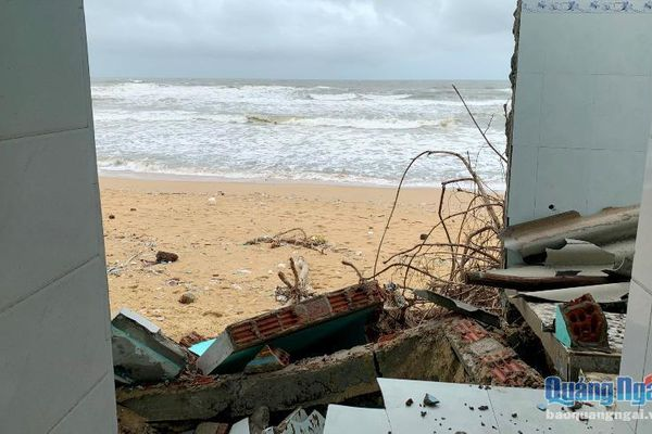 UBND giao 100 tỷ từ nguồn Trung ương hỗ trợ xây kè chống sạt lở bờ biển ở Bình Hải
