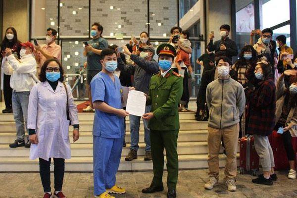 Kết thúc cách ly phòng Covid-19 khu vực cuối cùng tại Hà Nội