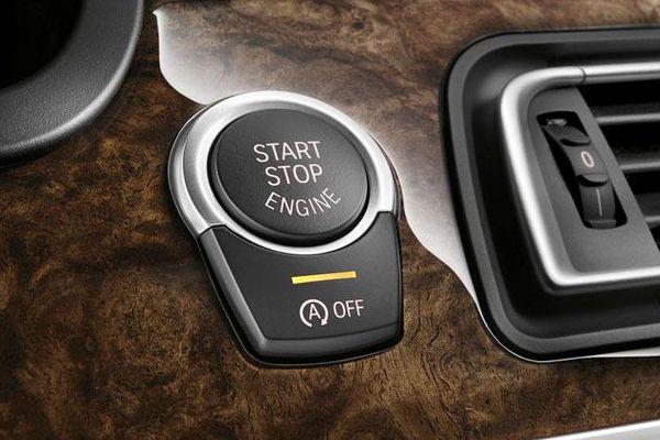 Sử dụng đúng ắc quy để tránh rủi ro trên ô tô có tính năng tạm ngắt động cơ