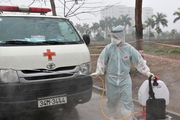 Chuyến xe cuối cùng chở bệnh nhân Covid-19 của Bệnh viện Dã chiến số 1