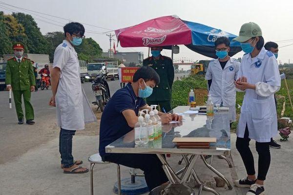 Thái Bình dỡ bỏ sáu chốt kiểm dịch ra vào tỉnh, học sinh đi học trở lại