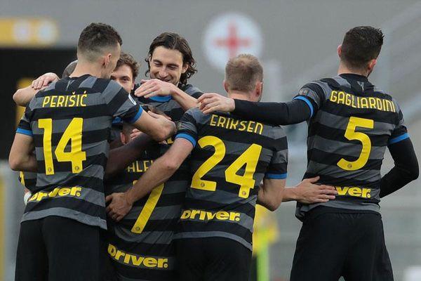 Kết quả Inter 3-0 Genoa: 3 cựu binh MU nổ súng, Inter độc chiếm đỉnh bảng Serie A