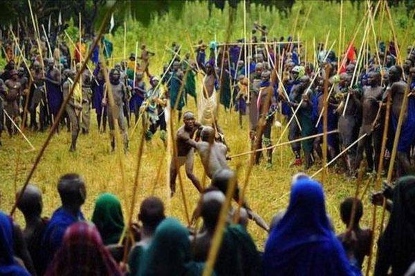 Khám phá tục đánh nhau để tranh vợ ở Ethiopia