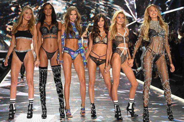Victoria's Secret thu về 2 tỷ USD sau tin đồn phá sản