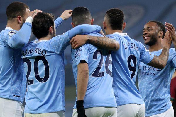 Thắng Wolverhampton 4-1, Man City tiến nhanh về đích