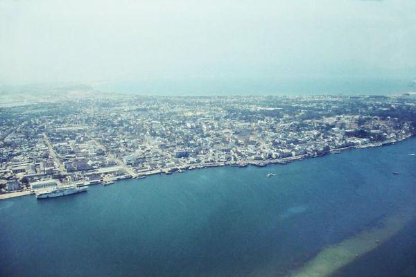 Góc nhìn lạ từ máy bay về Huế, Đà Nẵng 6 thập kỷ trước