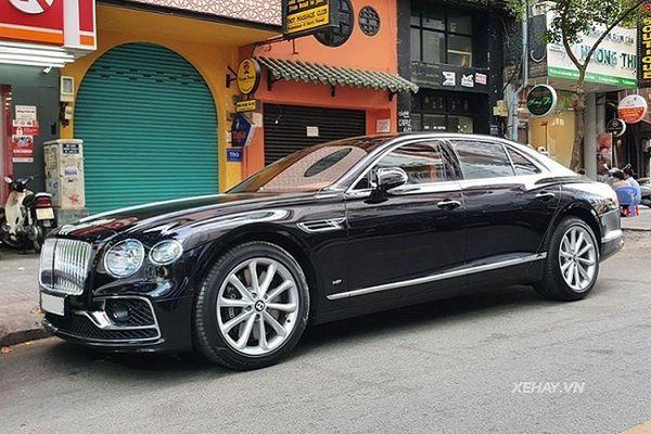 Bentley Flying Spur V8 hàng hiếm tại Việt Nam, không dưới 17 tỷ