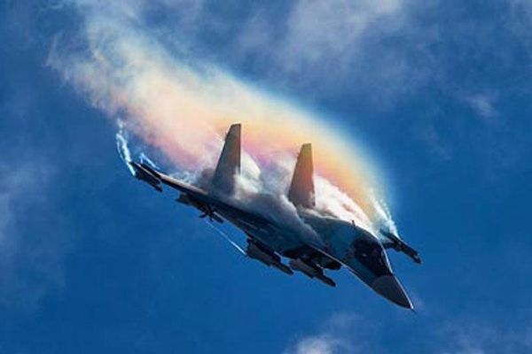 Máy bay chiến đấu Nga MiG-41 và Su-57 sẽ được trang bị súng điện từ có tầm bắn như tên lửa