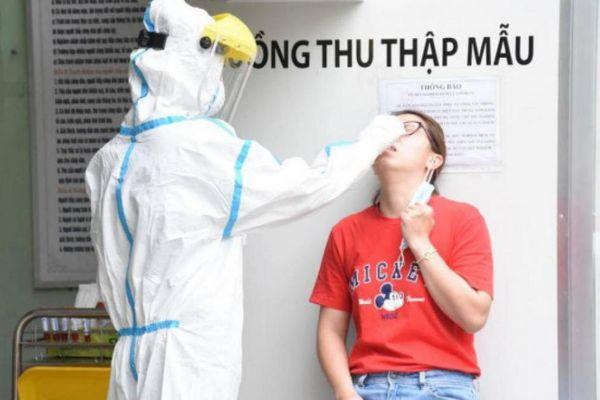 Đà Nẵng xét nghiệm SARS-CoV-2 cho toàn bộ nhân viên y tế tuyến đầu