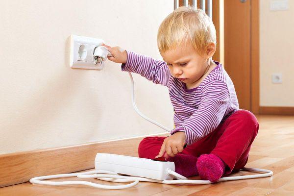 Cách dạy trẻ an toàn khi ở nhà