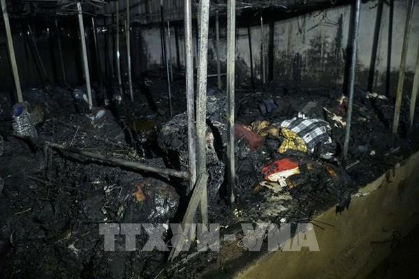 Điện Biên: Cháy lớn thiêu rụi nhiều ki ốt ở chợ cùng nhiều tài sản