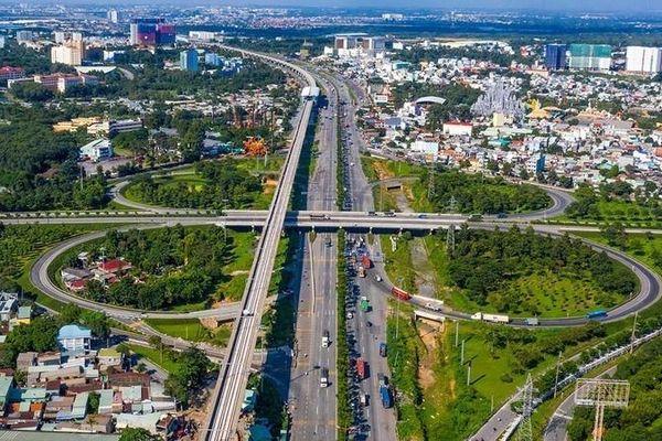 Kinh tế Việt Nam 2021: Vượt Covid-19, viết tiếp câu chuyện thành công