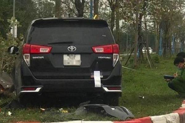 Tin giao thông đến sáng 5/3: Công an triệu tập người 'làm xiếc' trên xe máy; 2 vợ chồng tử vong khi đi cúng 49 ngày