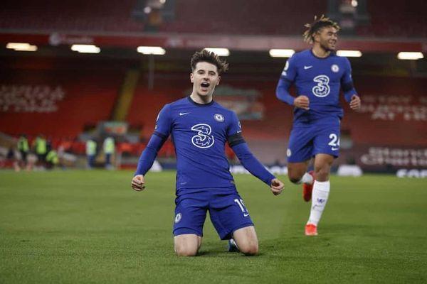 Đánh sập pháo đài Anfield, Chelsea trở lại top 4