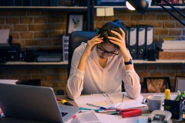3 lý do dân văn phòng có tỷ lệ mắc tai biến mạch máu não cao: Tránh làm điều này để ngăn ngừa đột quỵ