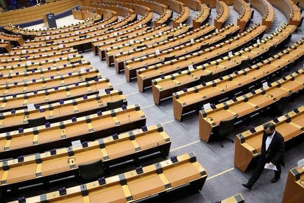 Nghị viện EU hoãn quyết định phê chuẩn thỏa thuận thương mại hậu Brexit