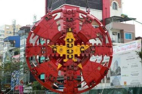 Khám phá quá trình lắp ráp hai robot đào hầm 'Thần tốc', 'Táo bạo' của tuyến metro Nhổn - ga Hà Nội