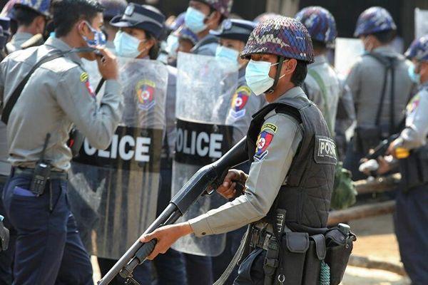 Myanmar yêu cầu Ấn Độ trao trả 8 cảnh sát xin tị nạn