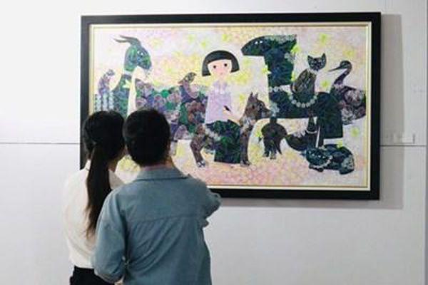 Triển lãm mỹ thuật 'Nét đẹp phụ nữ Việt'