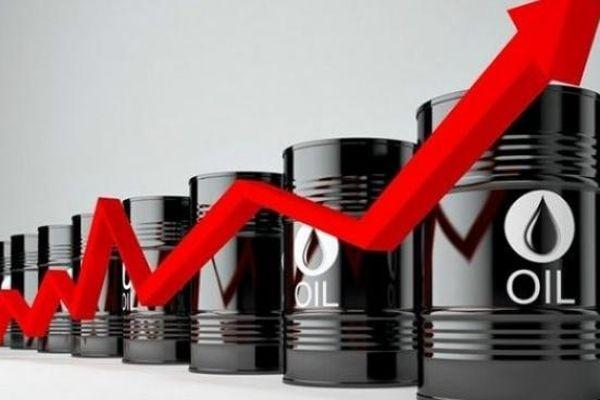 Giá́ dầu thô WTI tiếp tục cao trong những phiên sắp tới