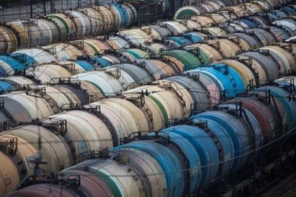 Mặc dù được phép sản xuất nhiều hơn nhưng sản lượng dầu trong tháng Hai của Nga giảm