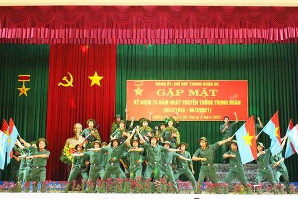 Gặp mặt kỷ niệm 75 năm Ngày truyền thống Đoàn Thái Phiên anh hùng