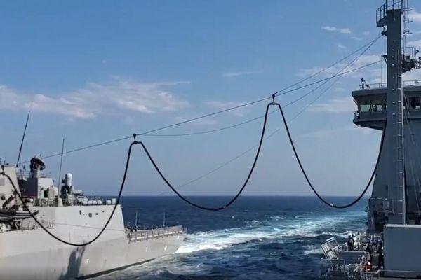 Hải quân New Zealand và Australia thử nghiệm thành công tiếp nhiên liệu trên biển