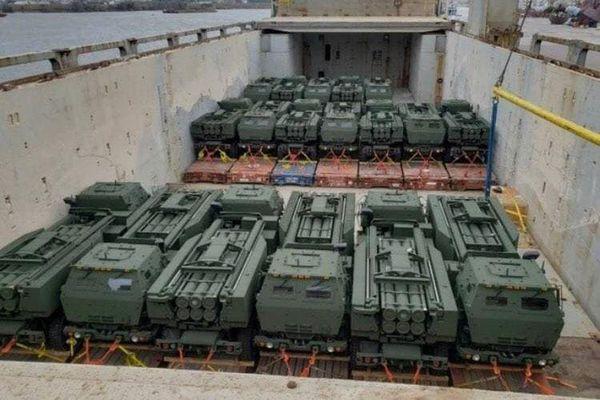 Mỹ triển khai 18 hệ thống tên lửa chiến thuật ở Romania có khả năng tấn công đồng thời vào Crimea