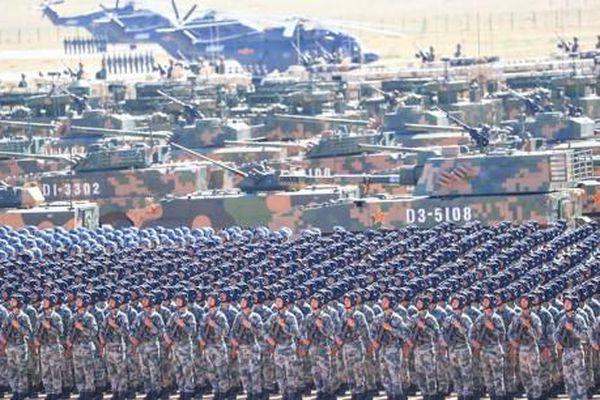 Trung Quốc tăng chi tiêu quốc phòng