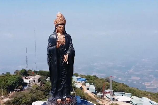 Chiêm ngưỡng tượng Phật Bà bằng đồng cao nhất châu Á trên đỉnh núi Bà Đen