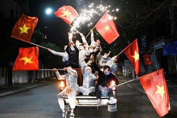 Ảnh ấn tượng tuần (1-7/3): Việt Nam chiến thắng Covid-19, căng thẳng Myanmar, ông Trump tái xuất và Triều Tiên lộ bí mật