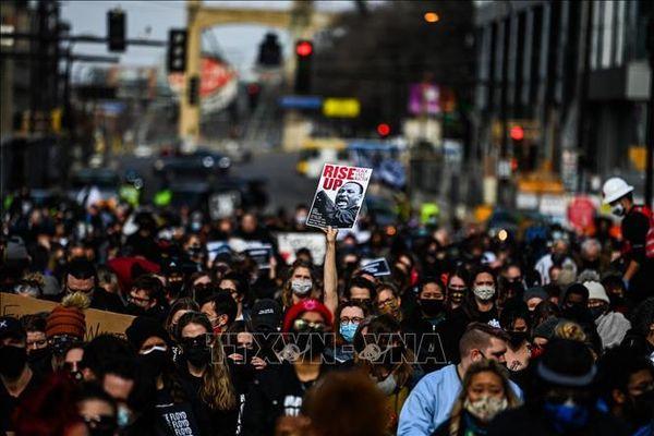 Mỹ: Tuần hành đòi công lý cho người da màu tử vong do bị cảnh sát bạo hành